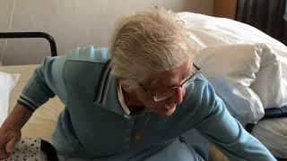 Zelfredzaam blijven als 103 jarige Kijk de tip van de dag!